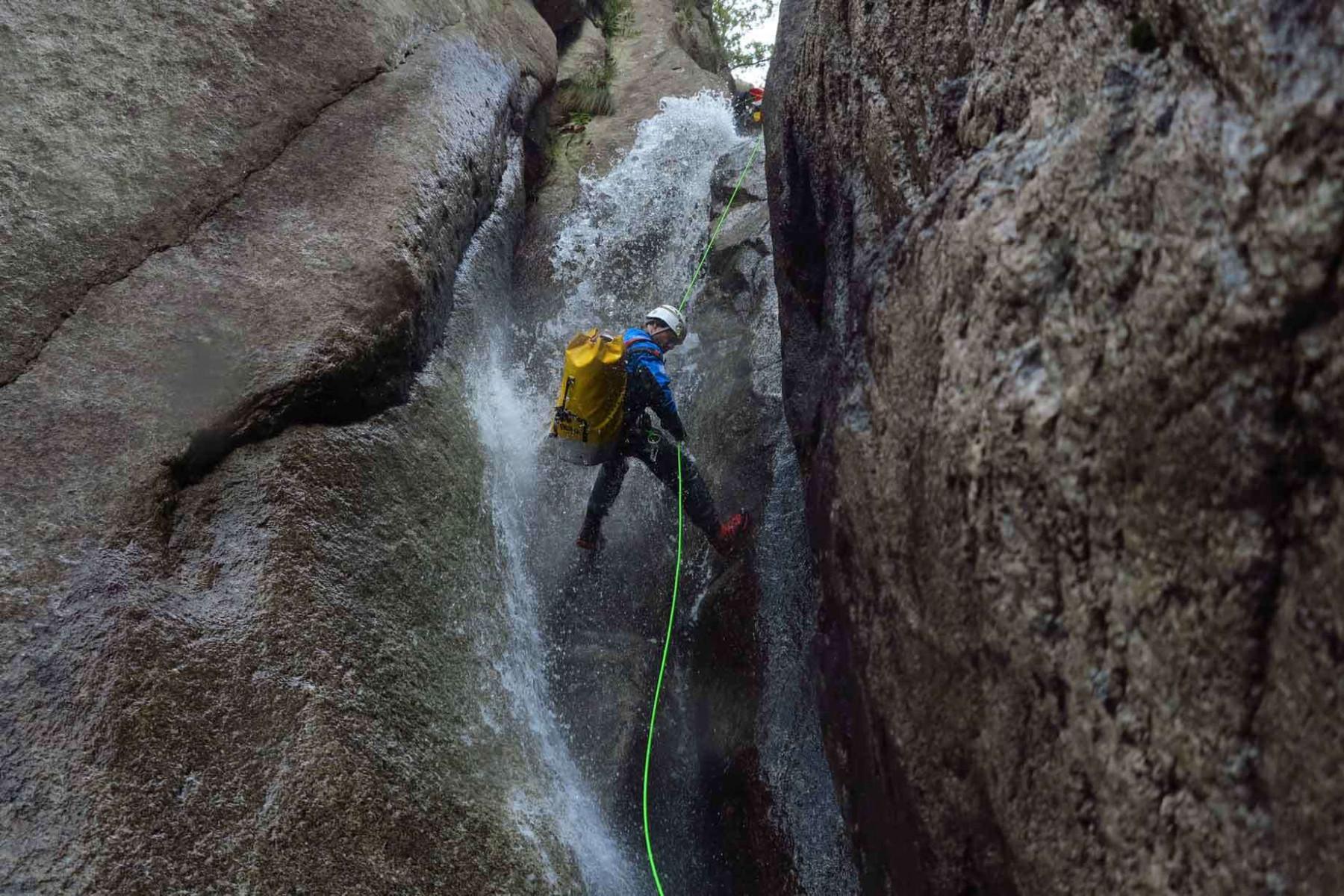 Giornata di Canyoning con grigliata e attività con gli asini a Piode Valsesia