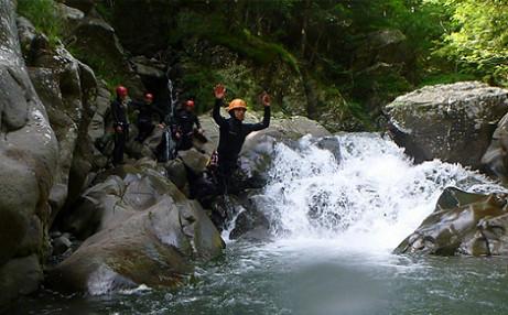 Canyoning nel torrente Dolo sull'Appennino Reggiano
