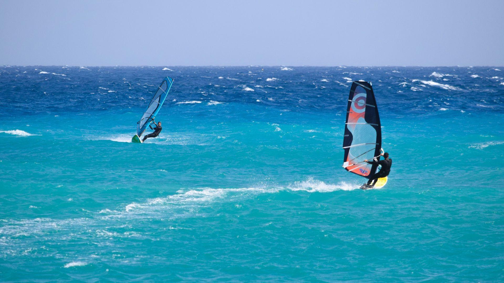 Corso avanzato di windsurf a Bari Sardo in Ogliastra