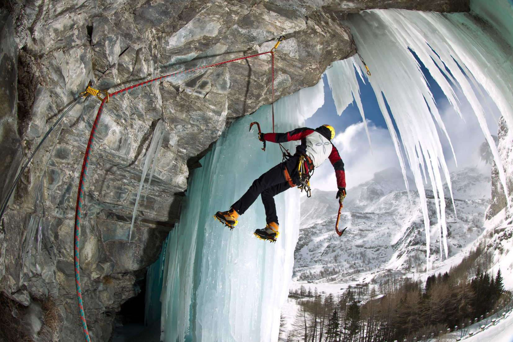 Corso di arrampicata su ghiaccio a Ceresole Reale (TO) - Tutti i livelli