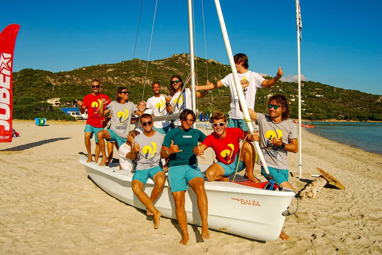 Corso di gruppo di vela nel Golfo di Marinella a Olbia