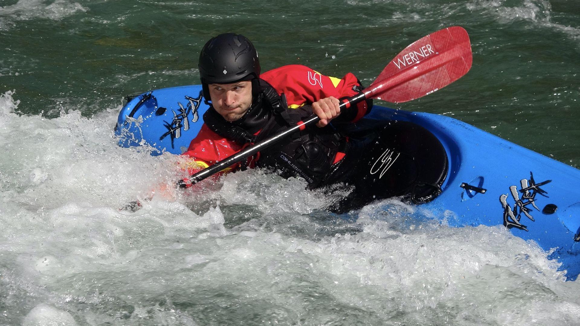 Corso individuale di kayak sul fiume Noce in Val di Sole