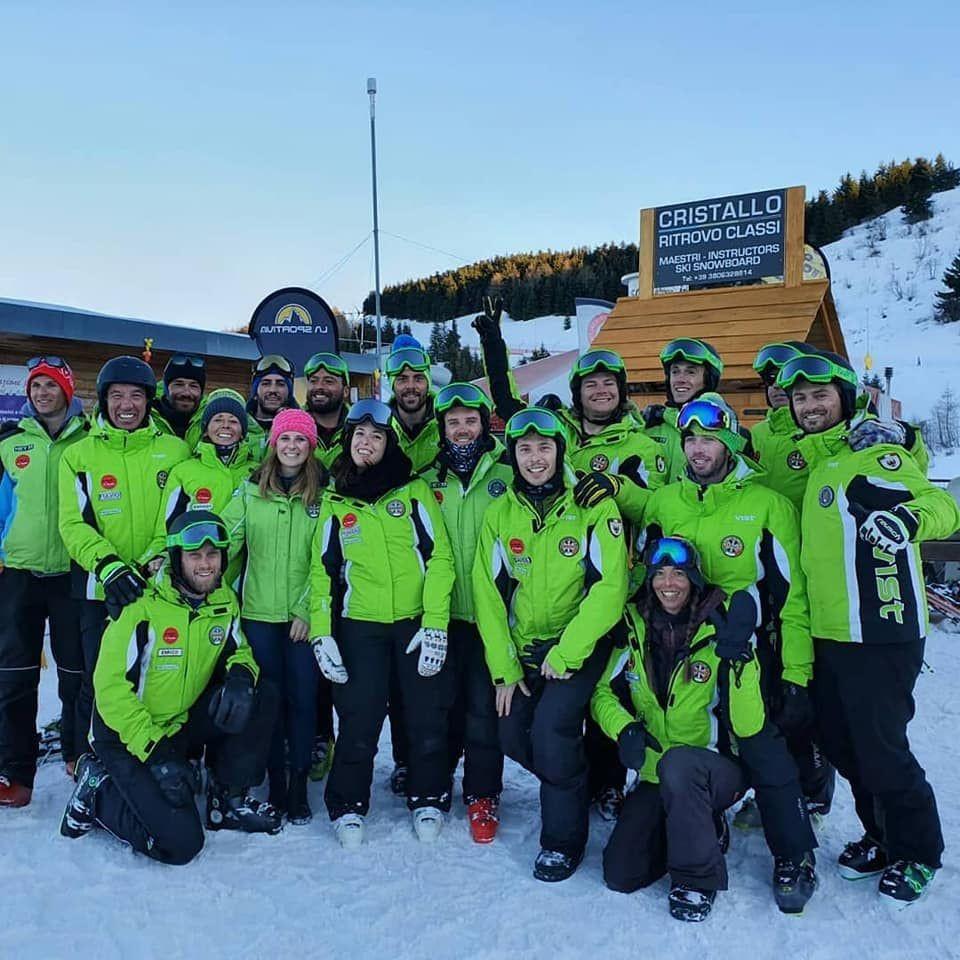 Corso di sci collettivo per adulti sul Monte Bondone