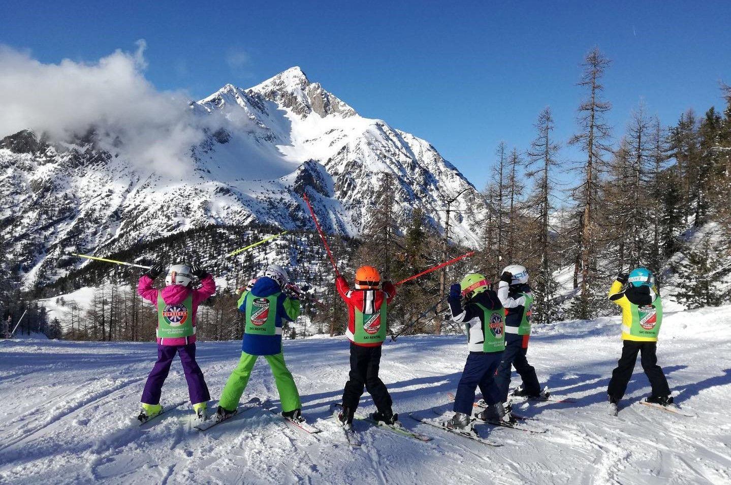 Corso di sci di una settimana per bambini a Claviere