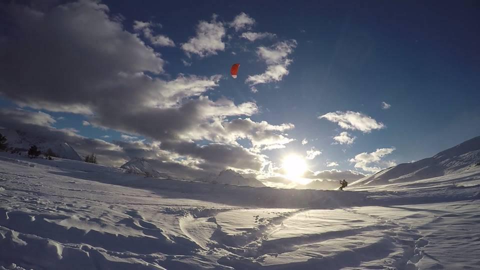 Mini-corso di Snowkite in Valle d'Aosta per principianti