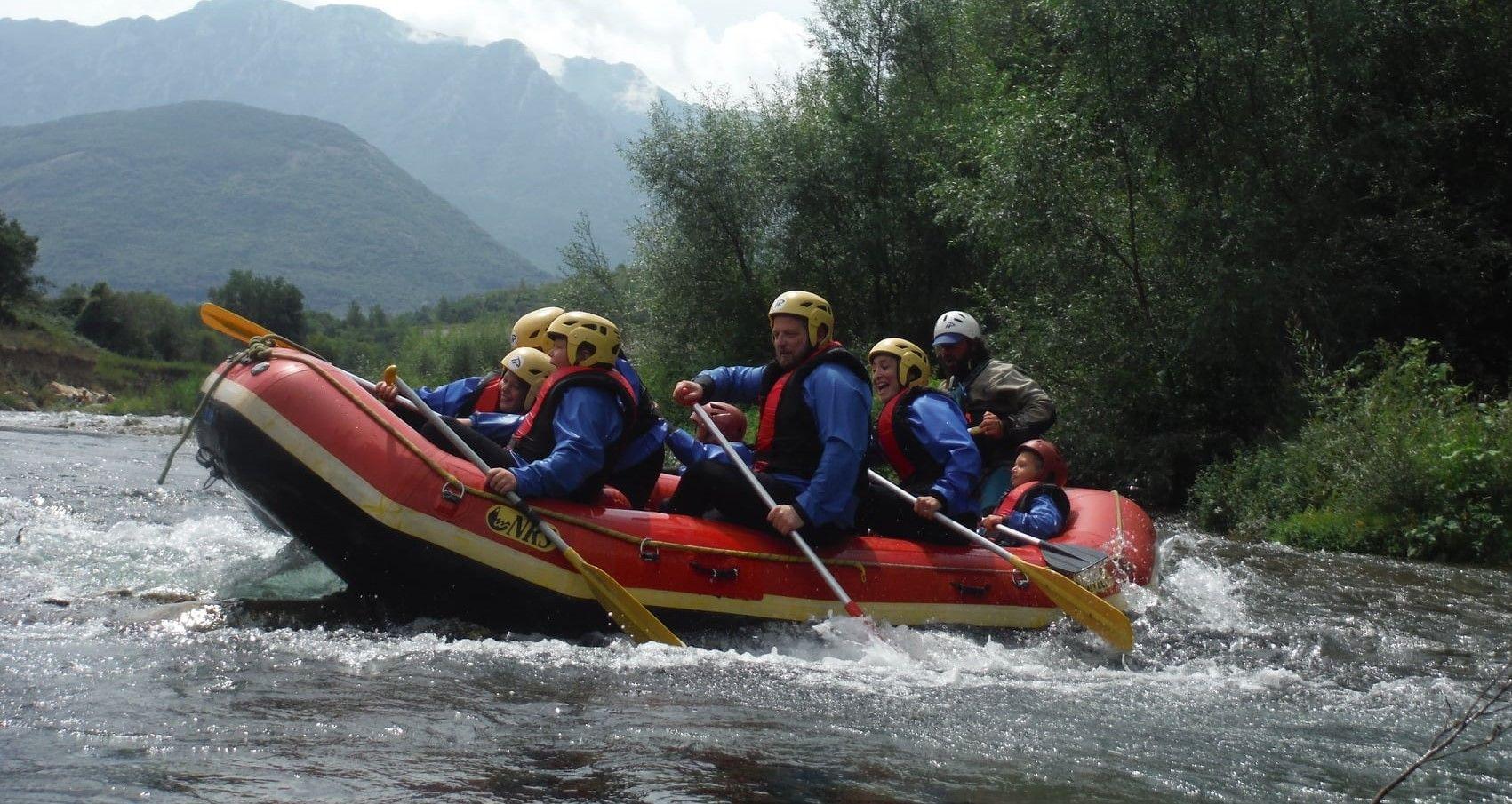 Discesa di rafting sul fiume Calore in Cilento