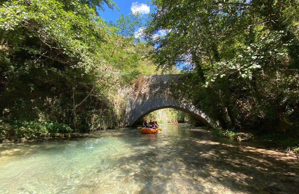 Discesa di rafting sul fiume Corno a Serravalle di Norcia