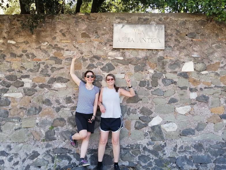 E-bike tour sull'Appia Antica e pranzo al Lago di Castel Gandolfo