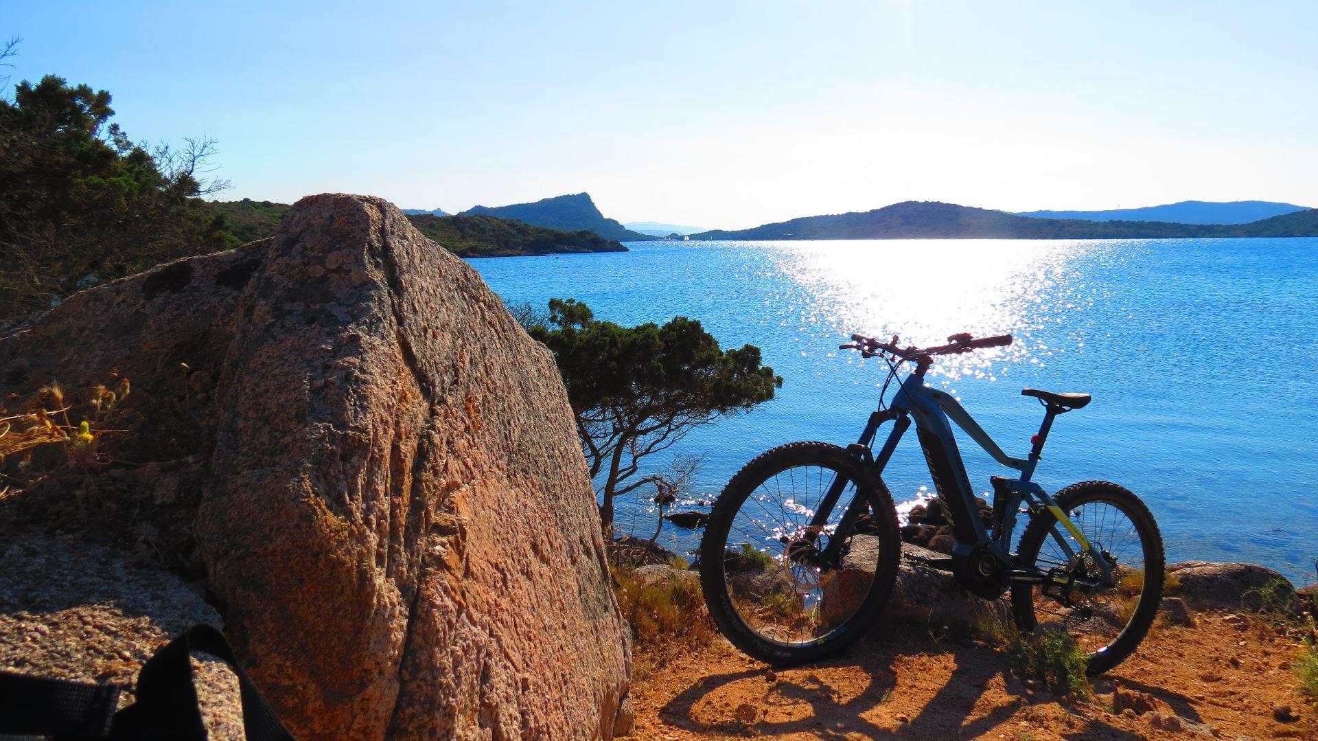 E-bike tour a La Maddalena e Caprera
