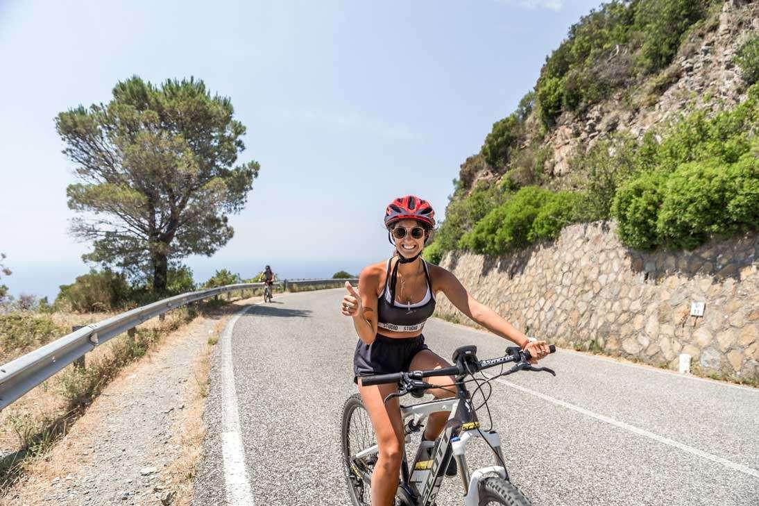 E-bike Tour nelle Cinque Terre con degustazione di vino