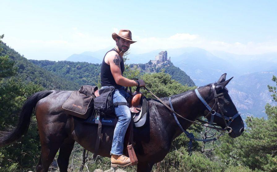 Escursione a cavallo e visita al Castello di Avigliana