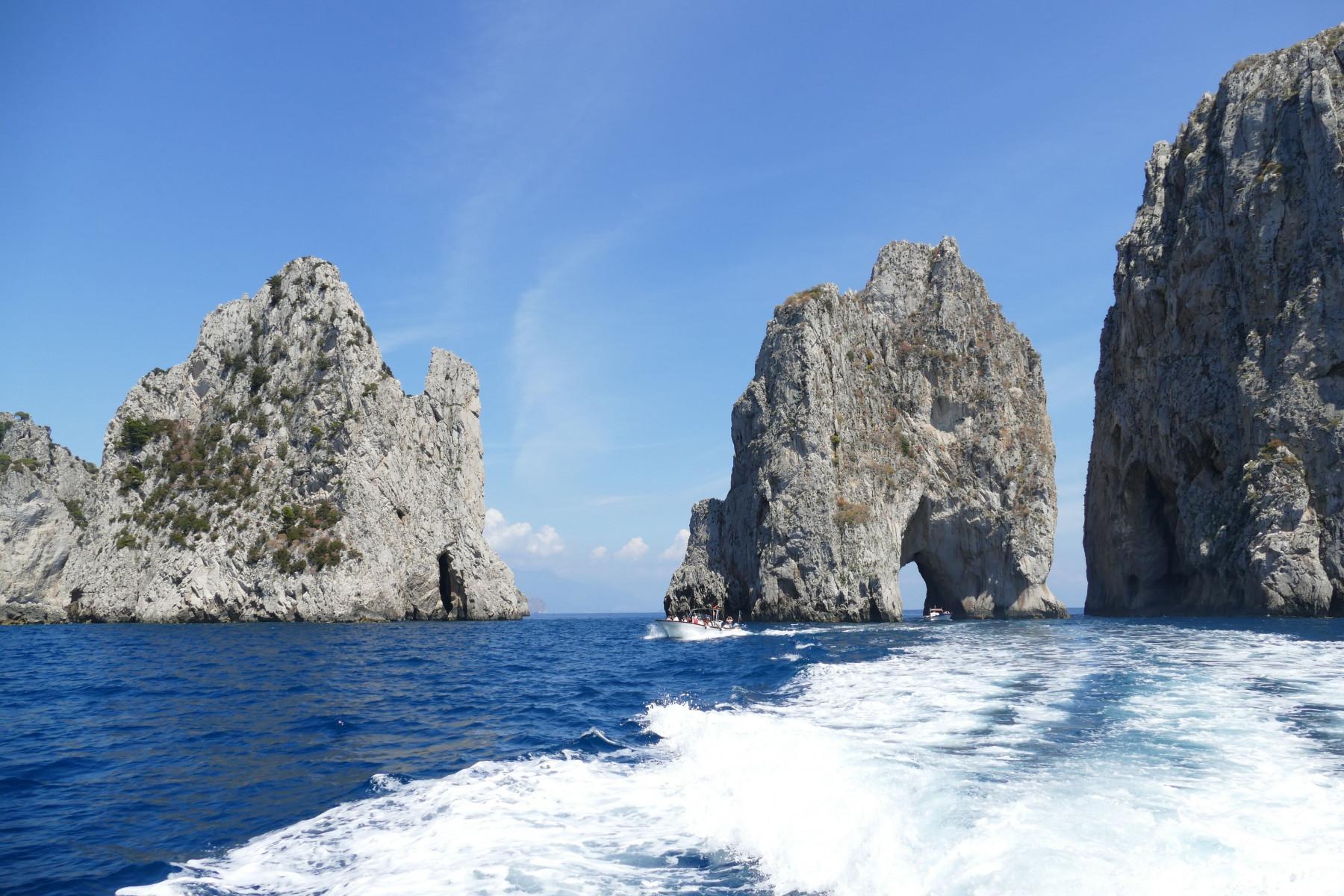 Escursione in barca a Capri con aperitivo al tramonto