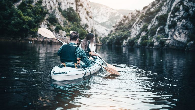 Escursione in canoa sul Rio Novella in Val di Non