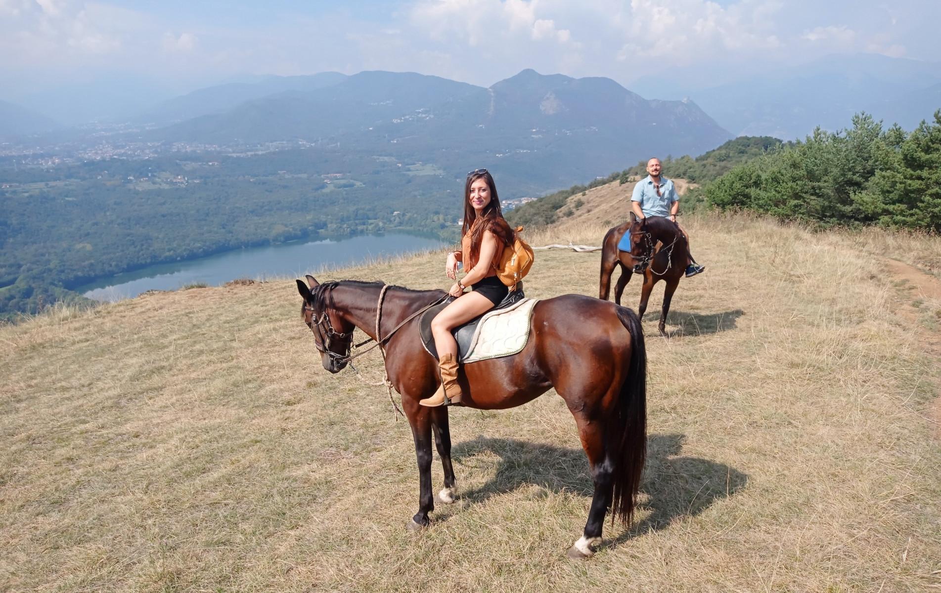 Escursione a cavallo al Monte Cuneo in Val Sangone