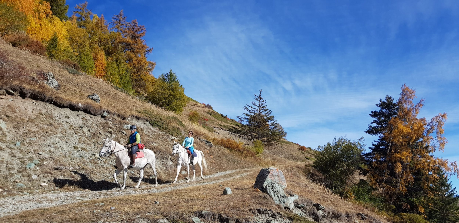 Escursione a cavallo sui sentieri della Valle d'Aosta