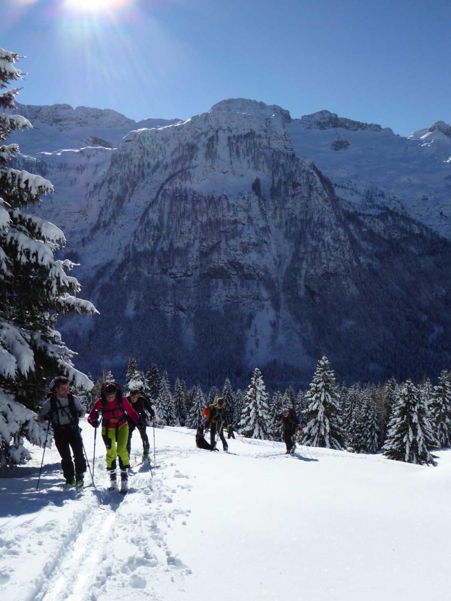 Escursione con le Racchette da Neve sulle Dolomiti (BZ)