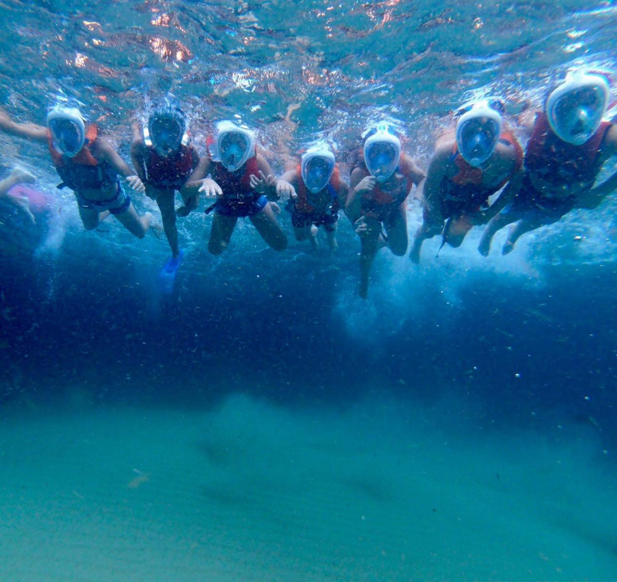 Escursione in barca e snorkeling nella Grotta Azzurra di Sperlonga