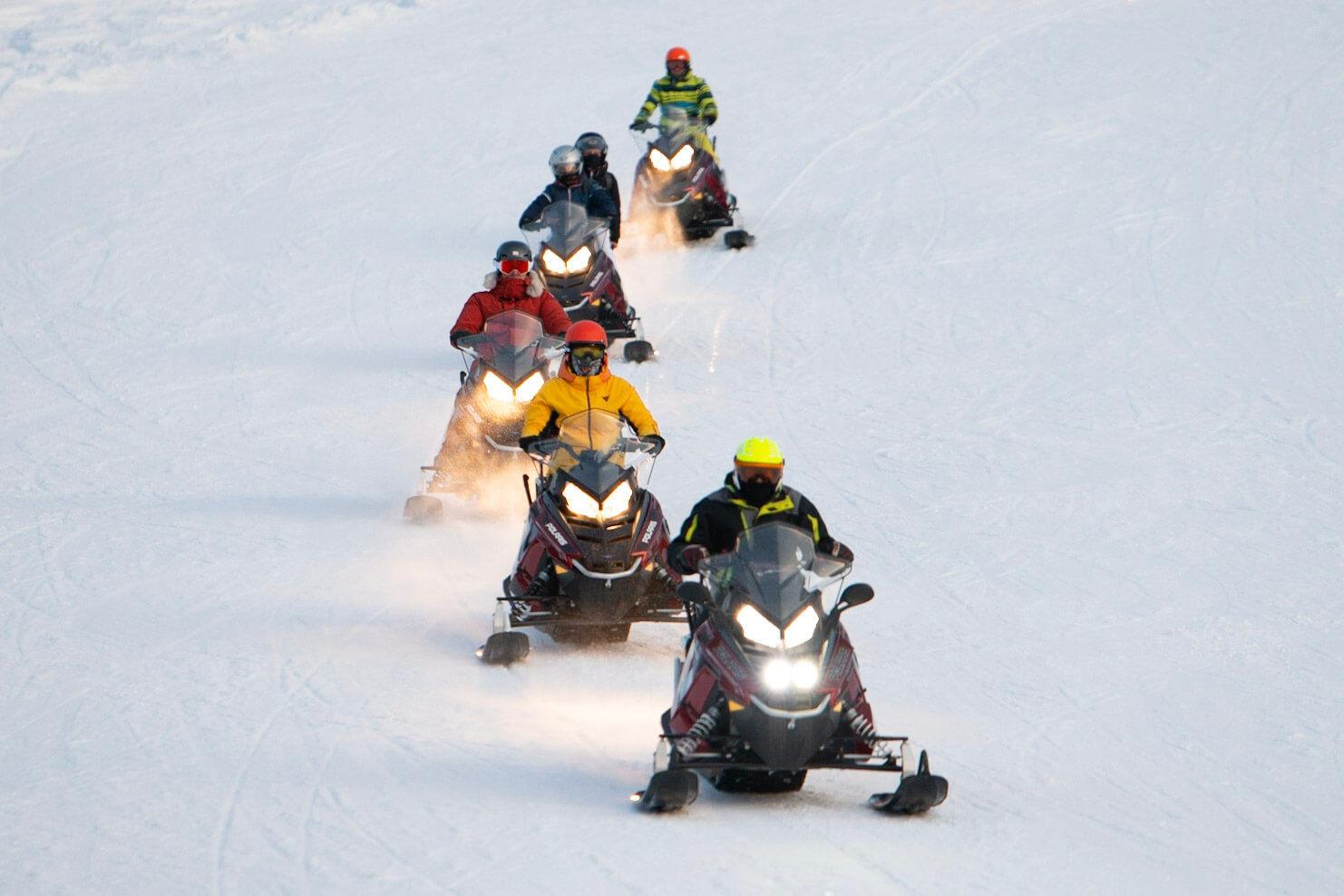 Escursione in motoslitta al Passo del Tonale (BS)