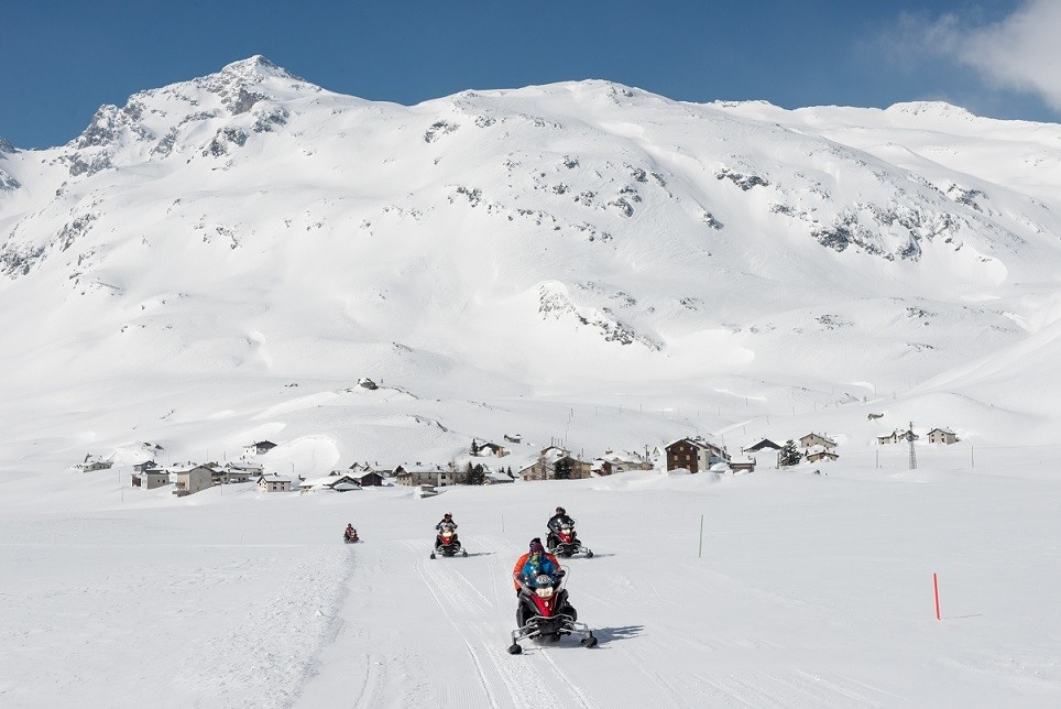 Escursione in Motoslitta a Madesimo