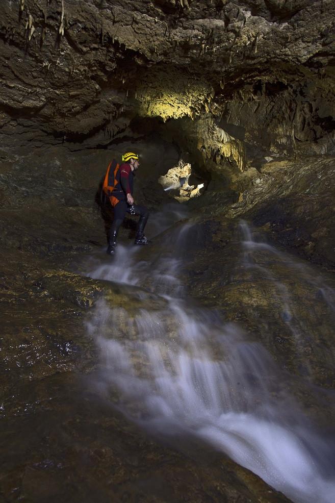Escursione speleologica nella