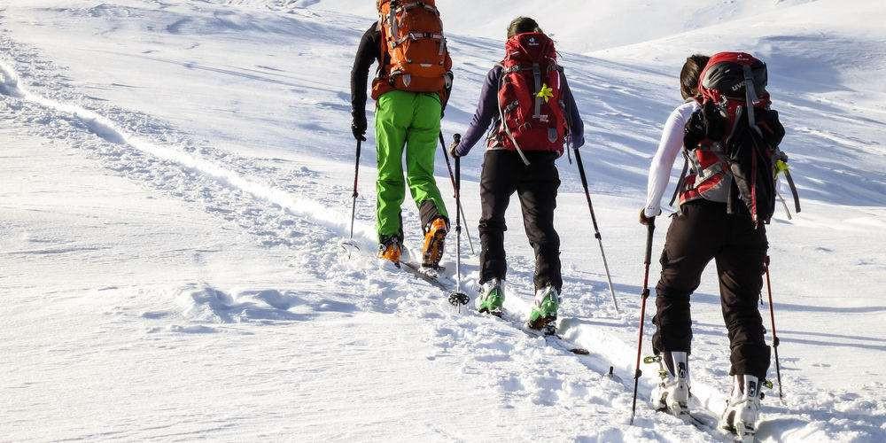 Facile escursione di sci-alpinismo con cena in rifugio
