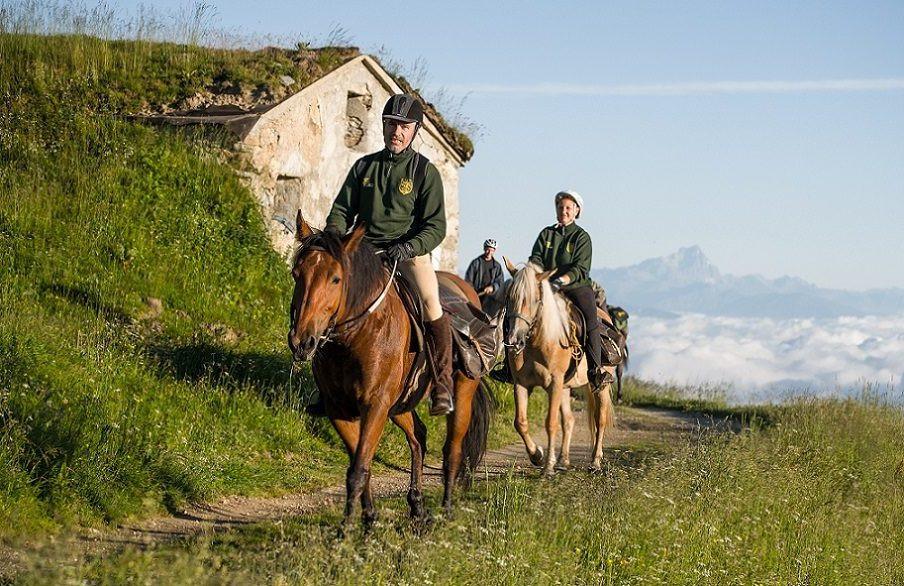 Giornata a cavallo sui sentieri dei boscaioli cuneesi e pranzo tipico