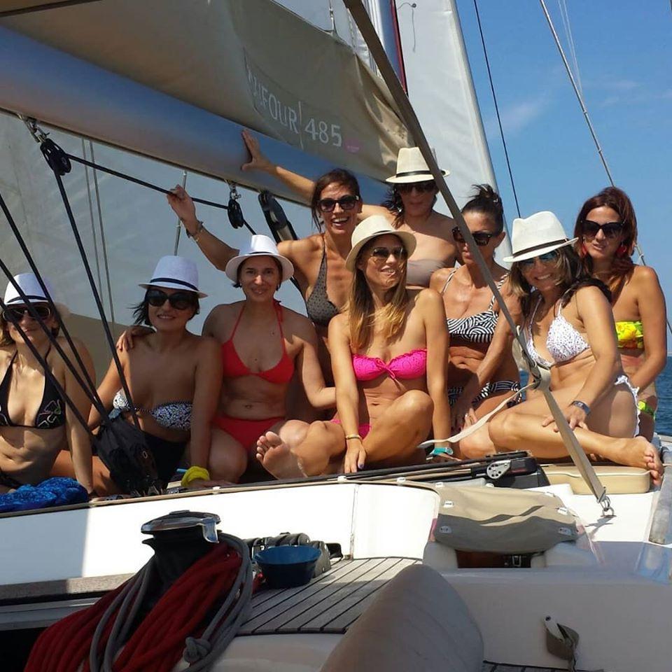 Giornata esclusiva in barca a vela sulla Riviera Romagnola