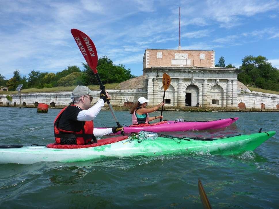 Giornata in kayak alla scoperta della Laguna di Venezia e della sua storia