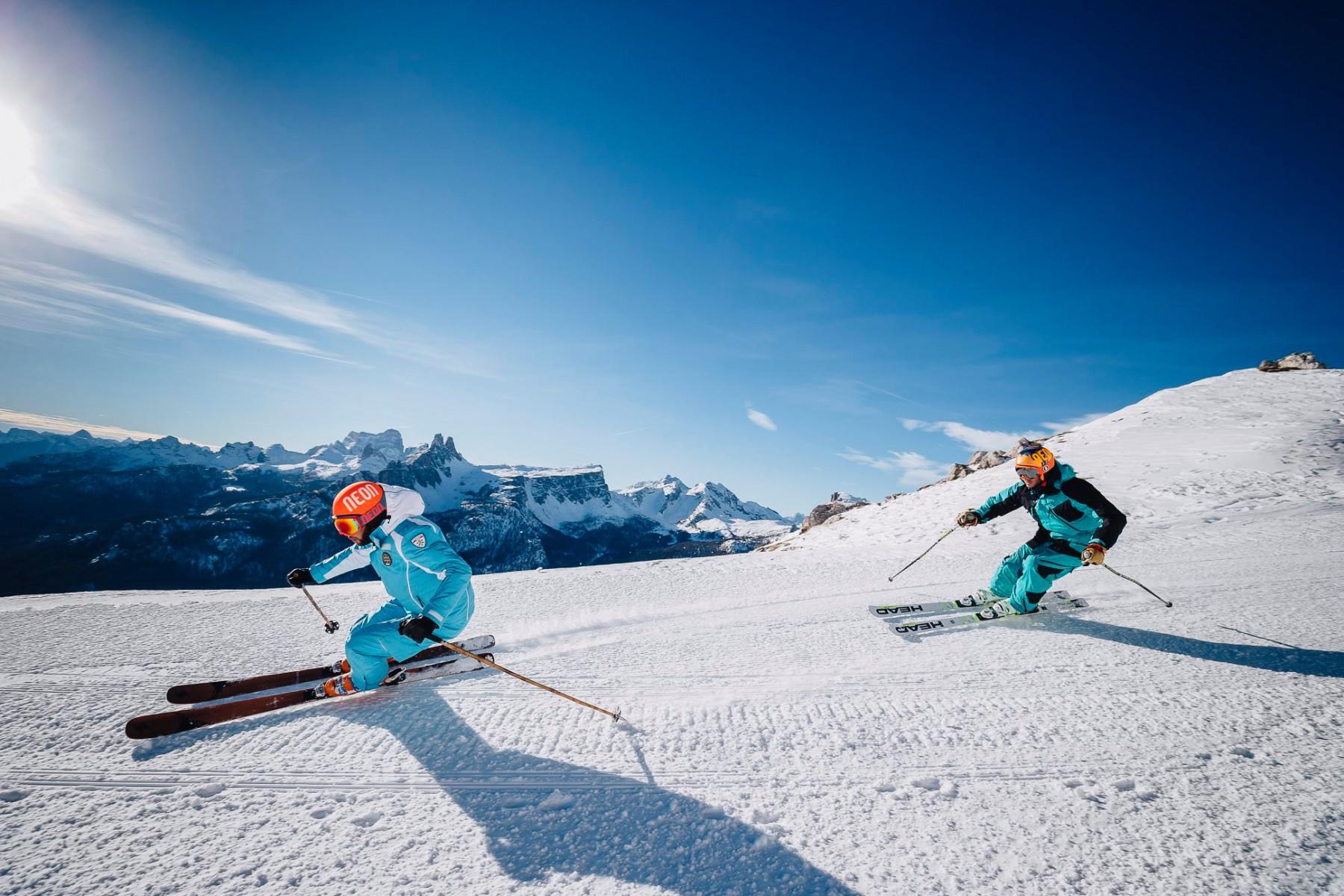 Ski tour privato con maestro di sci sul Sellaronda nelle Dolomiti