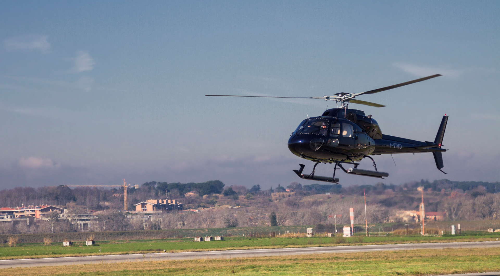 Grand tour privato in elicottero: Roma, Tivoli e Castelli Romani