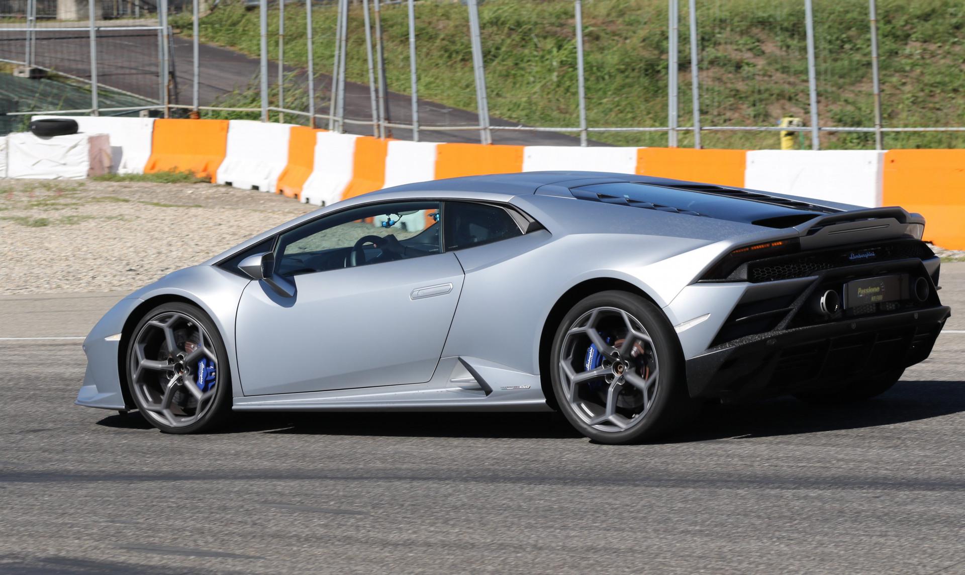 Guida sportiva in Lamborghini sul Circuito di Pomposa