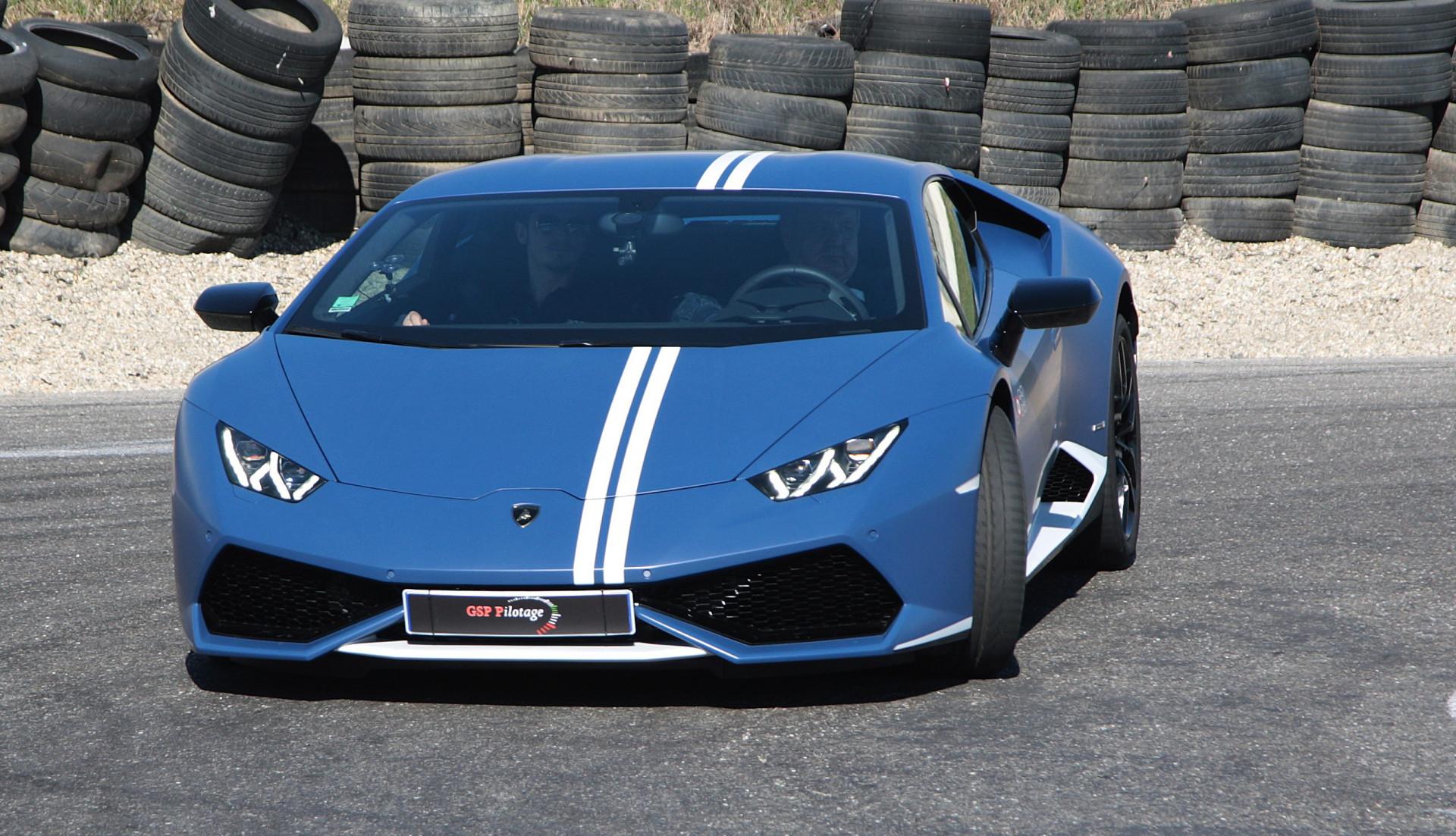 Guida sportiva in Lamborghini al Lignano Circuit