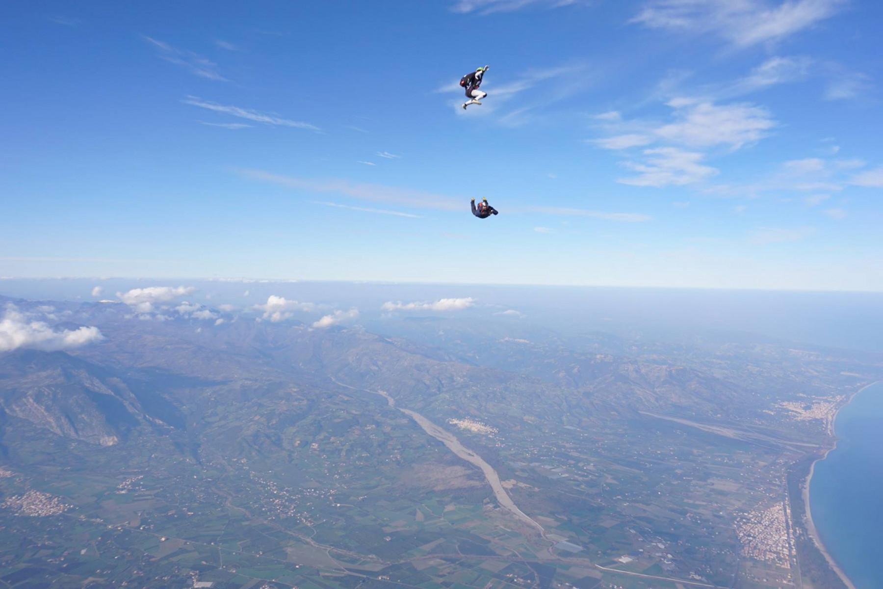 Lancio in tandem con paracadute sul Golfo di Sibari (CS)