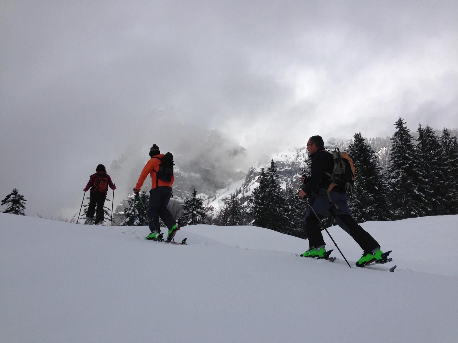 Lezione base di sci alpinismo ad Andalo