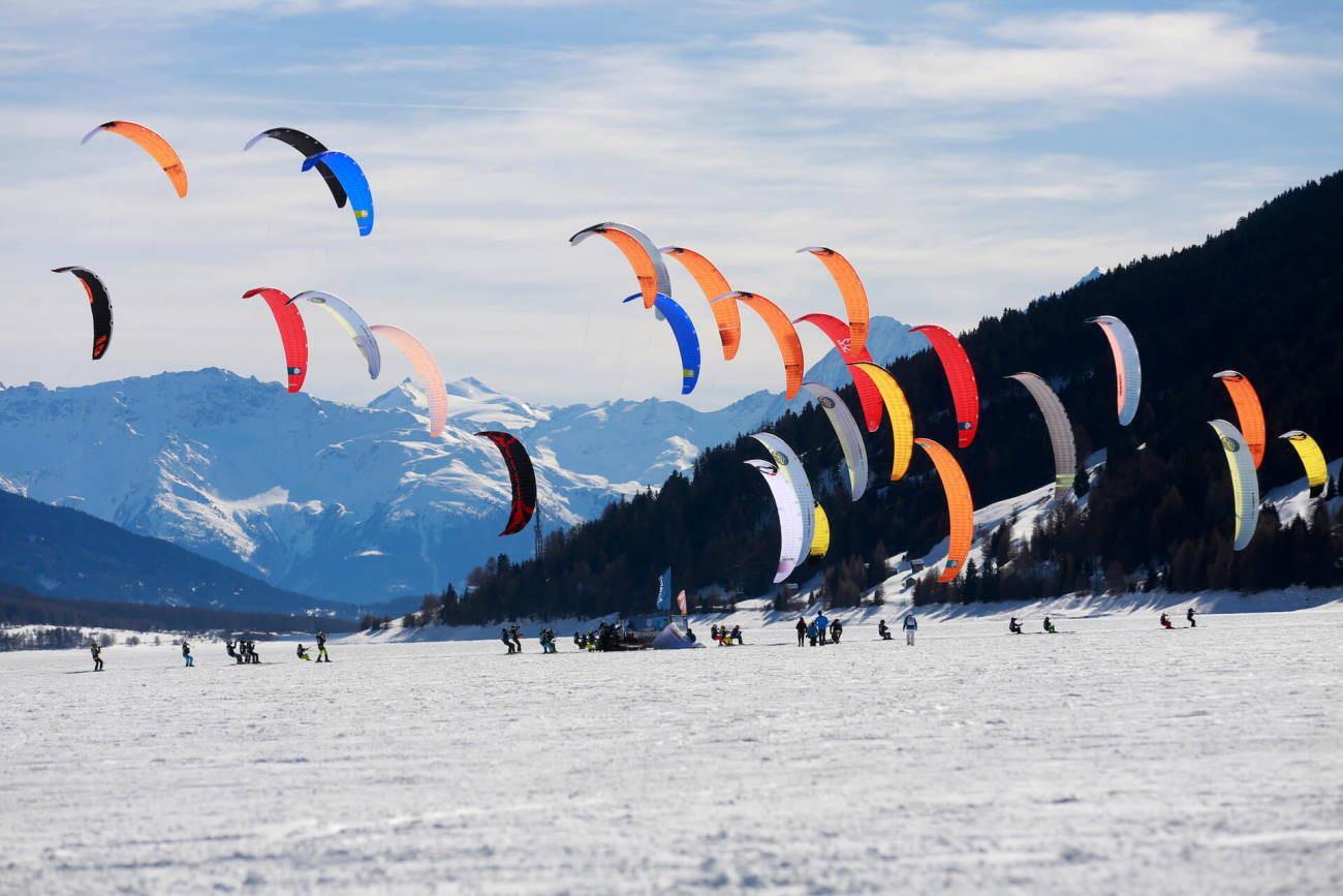 4 ore di lezione di Snowkite sul Lago di Resia (BZ)