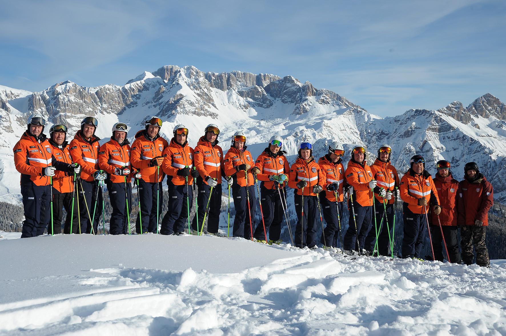 Lezione privata di sci per mini-gruppi di tutti i livelli a Falcade