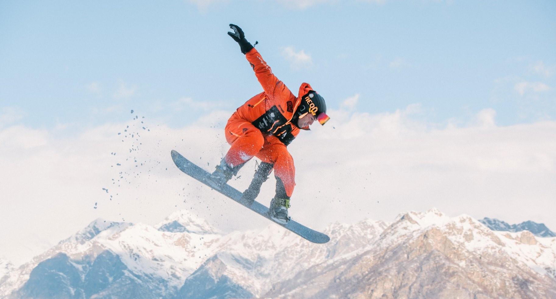 Lezione privata di snowboard all'Alpe di Mera in Valsesia per tutti i livelli