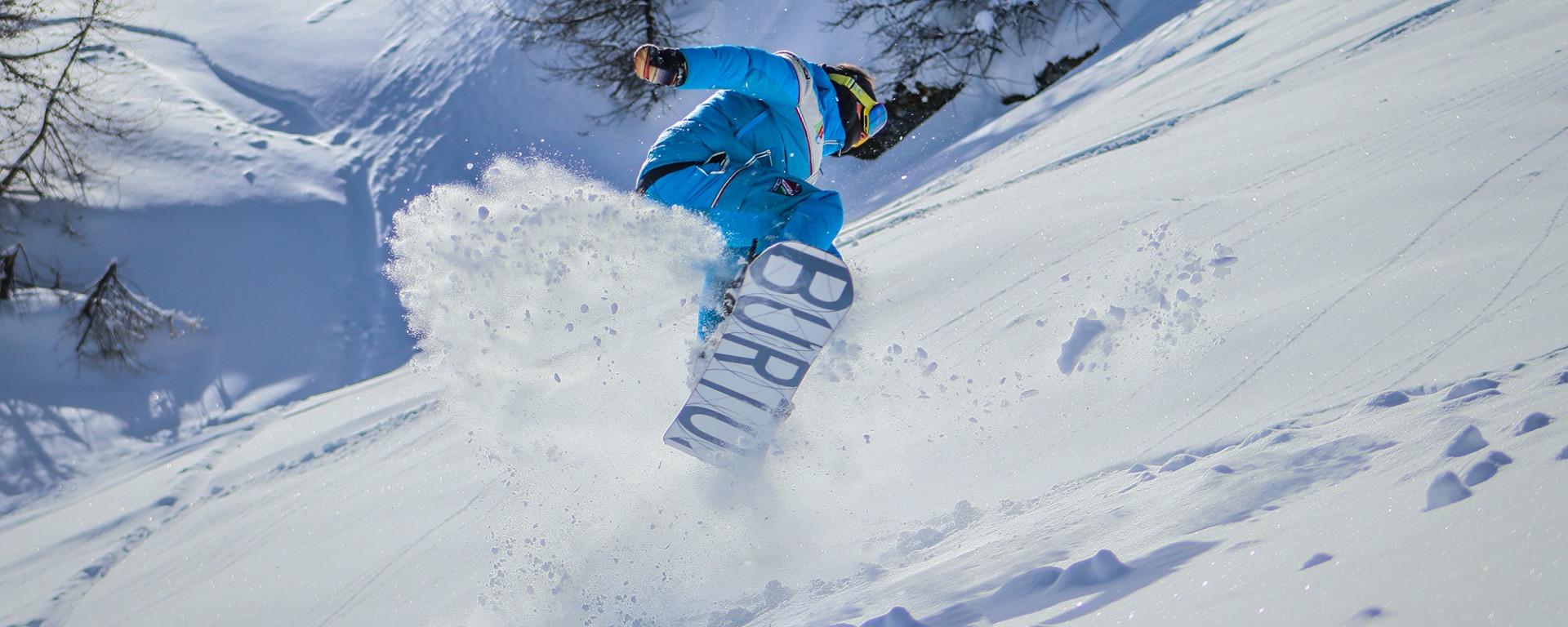 Lezione privata di snowboard a Sauze d'Oulx per tutti i livelli