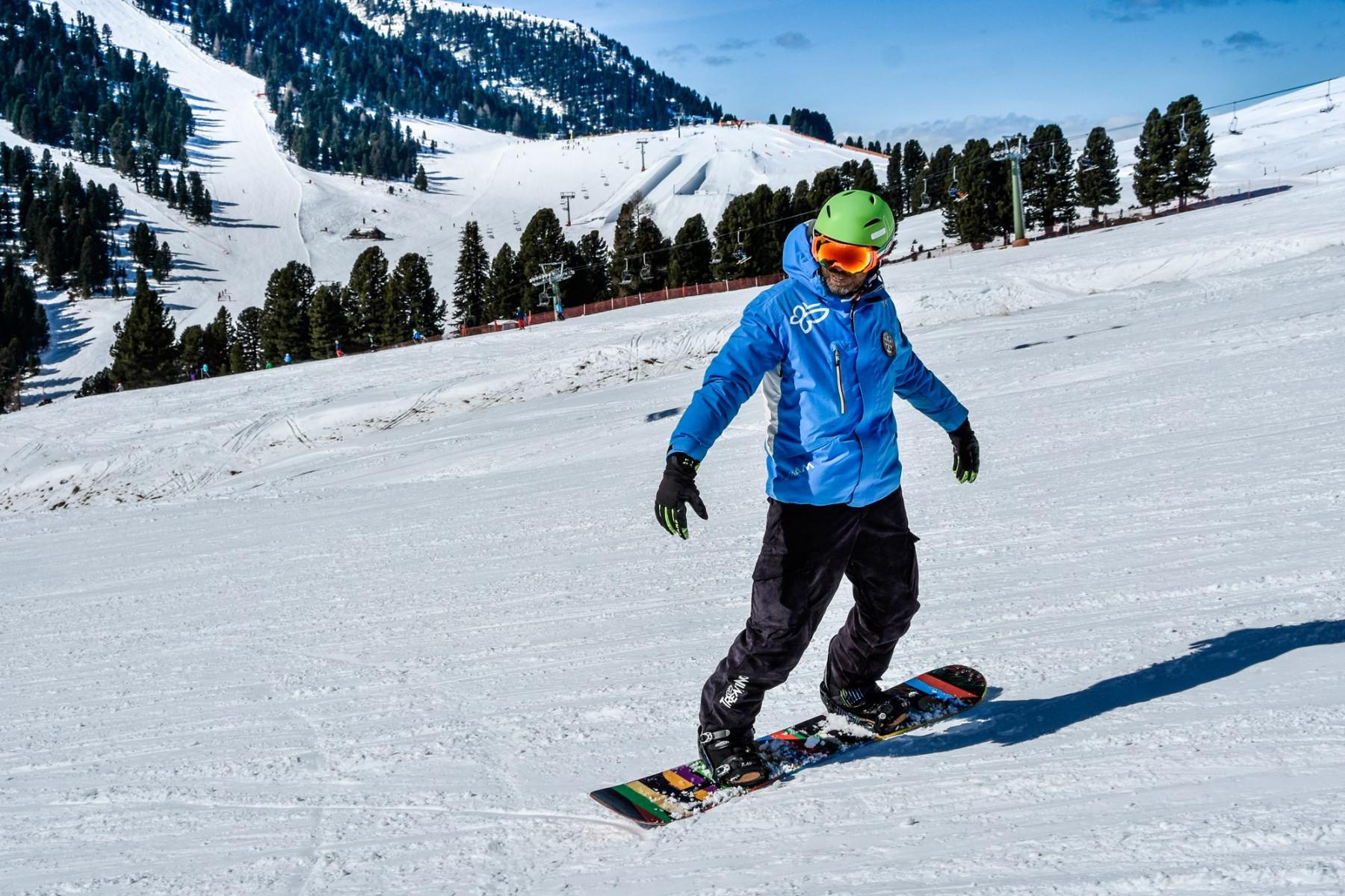 Lezione privata di snowboard per tutti i livelli all'Alpe di Pampeago