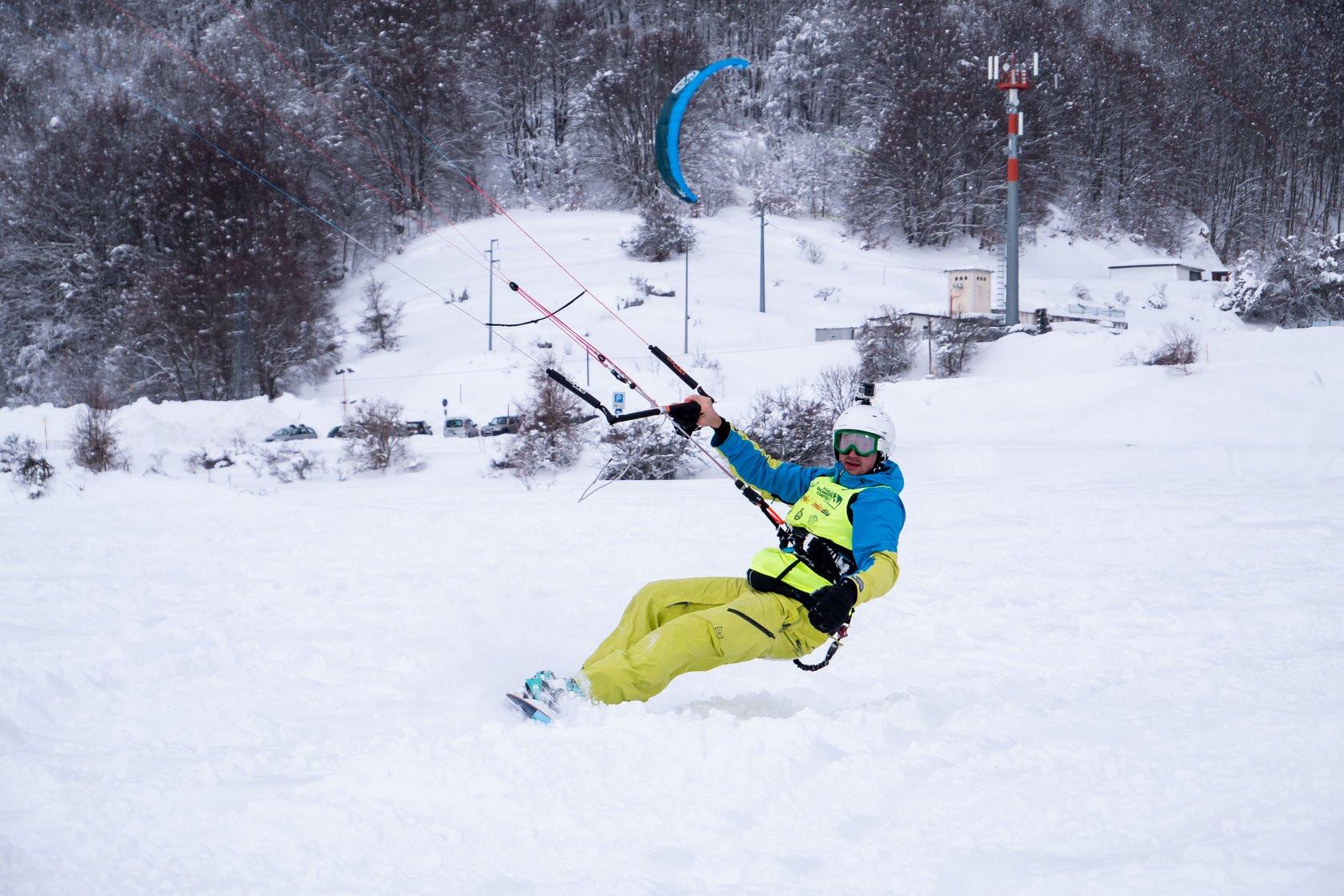 Lezione privata individuale di snowkite a Roccaraso