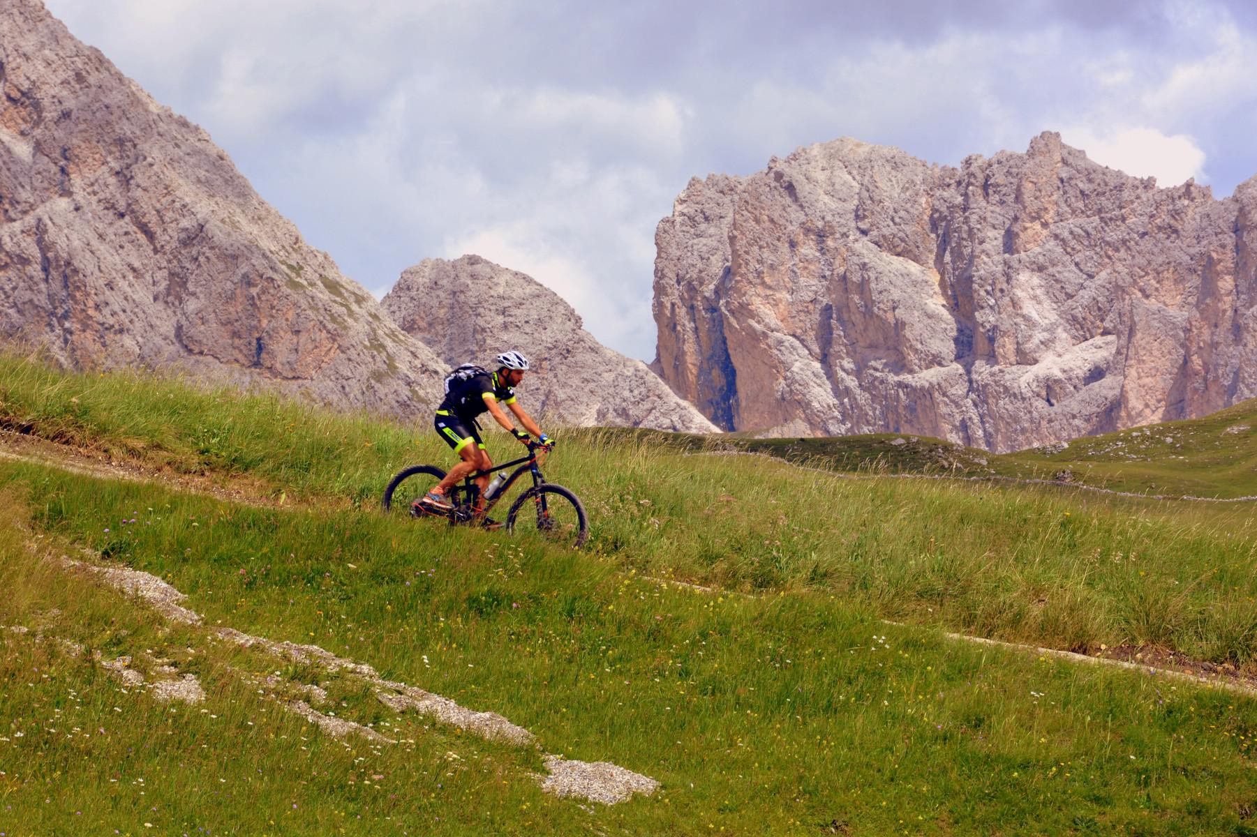 Mountain-bike downhill in Val di Sole