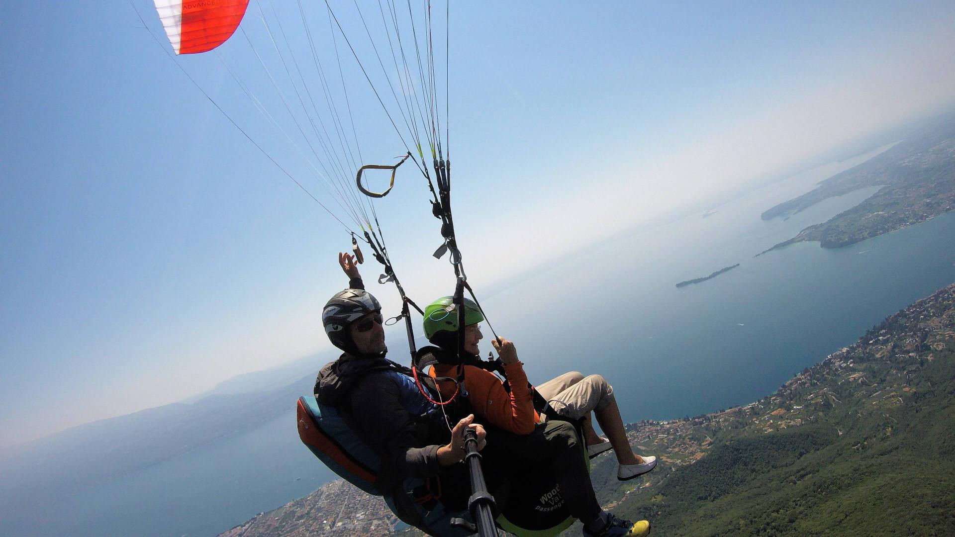 Parapendio biposto sul Lago di Garda (BS)