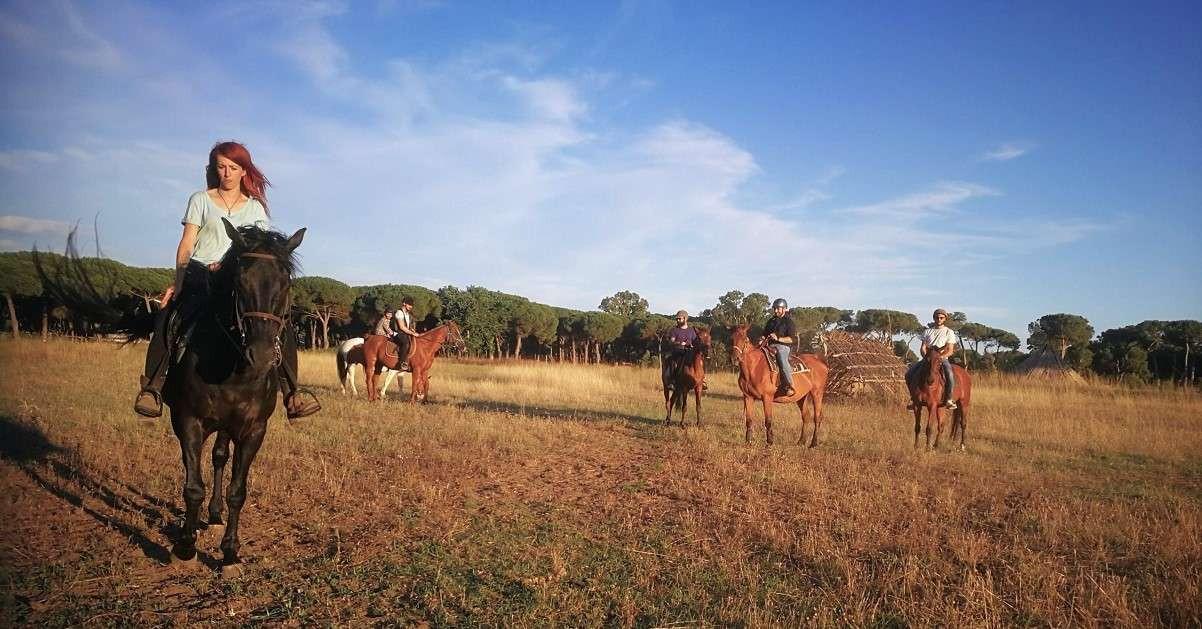 Passeggiata a cavallo nella pineta di Ostia
