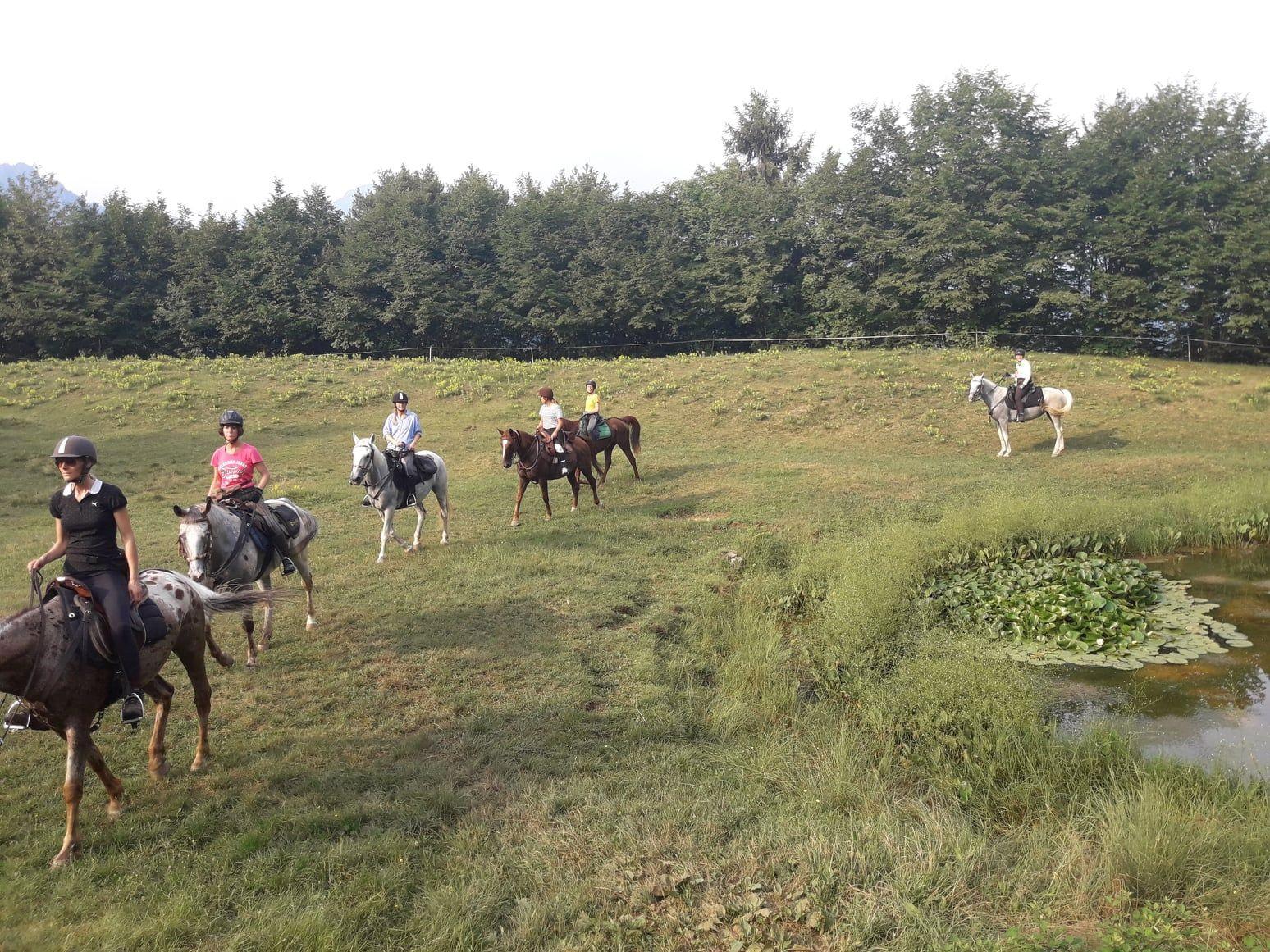 Passeggiata a cavallo nel parco dell'Alto Garda Bresciano