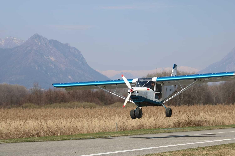 Battesimo del volo - Prova di pilotaggio su Aereo a Lecco