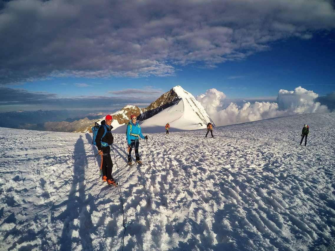 Salita con Guida Alpina alla Capanna Margherita sul Monte Rosa (4.554 m)