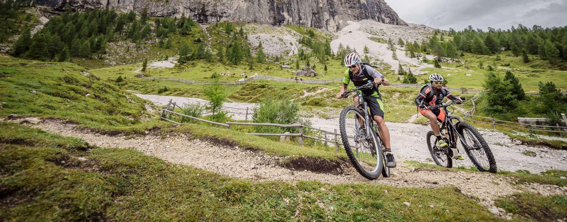 Sellaronda MTB Track Tour sulle Dolomiti