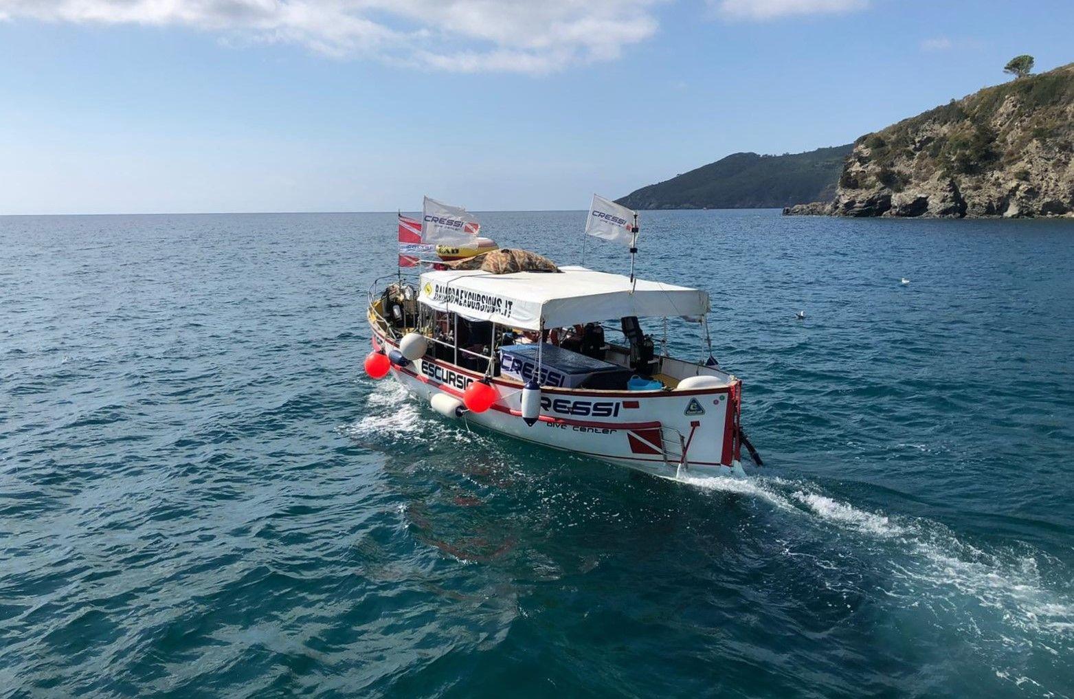 Tour in barca a Marina di Campo sull'Isola d'Elba