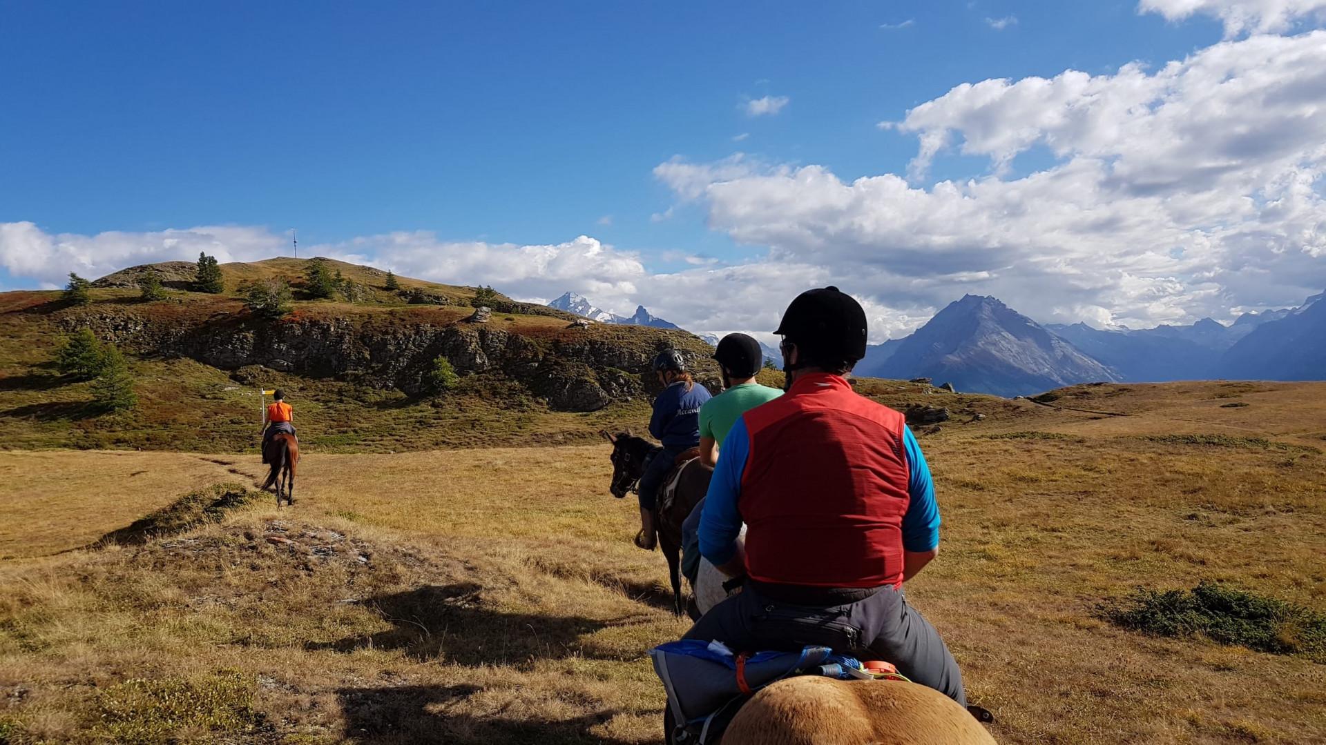 Tour a cavallo al Mont Fallère in Valle d'Aosta