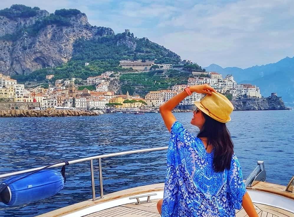 Tour giornaliero in barca privata ad Amalfi e Positano